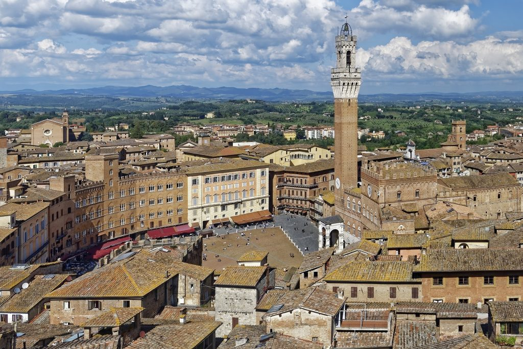Siena, ancient and beautiful Italian city to see